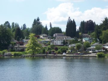 Lake Stevens WA waterfront houses